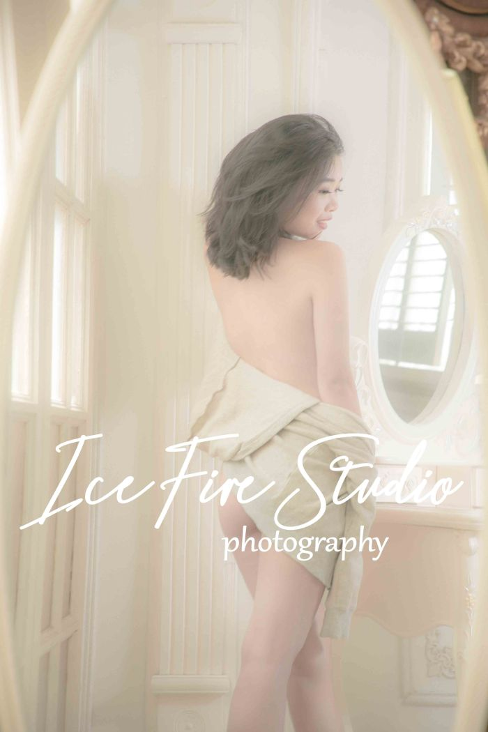 Girl portrait Artistic Nude style photography HK by paulstylist icefire studio A-72b